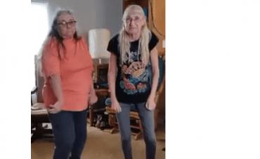 Goed dreigmiddel voor je puber: kamer opruimen of we dansen net zo als deze dames