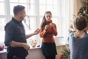Gedoe met kerst? Omgekeerde psychologie helpt!