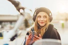 1 op de 10 jongeren heeft last van oorsuizen