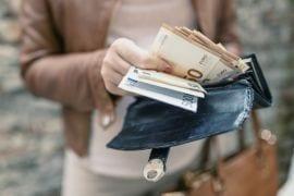 15 redenen waarom je nooit geld overhoudt met pubers in huis